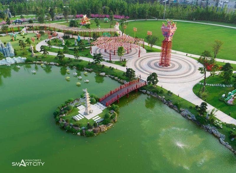 Vuon Nhat Vinhomes Smart City duoc phu mot mau xanh tao khong gian trong lanh va thu gian - Vinhomes Smart City Tây Mỗ | Bảng Giá & Vị Trí Tiến Độ Metrolines 2021