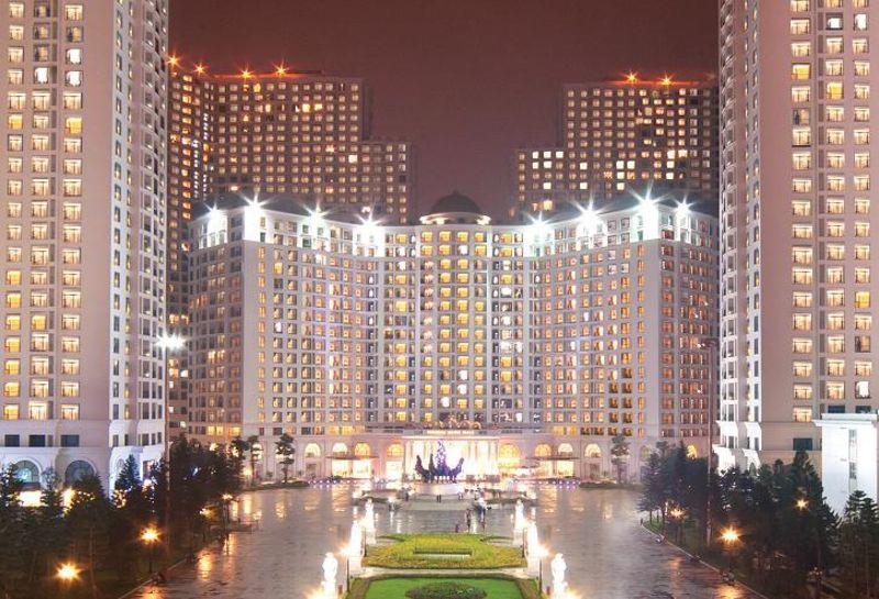 Royal City thanh pho Chau Au uy nghi trang le giua long Ha Noi - ROYAL CITY VINCOM MEGA MALL